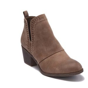 New Rock and Candy Bootie Taupe